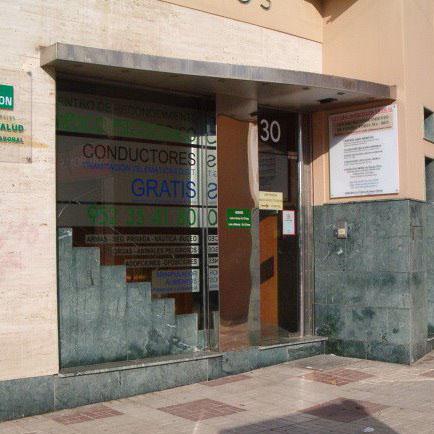 Logotipo Centro Médico Los Tilos
